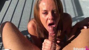 مارس الجنس عن طريق الفم بعناية فائقة وسرور